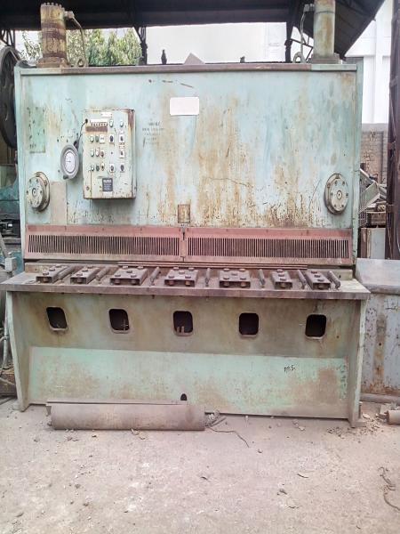 Godrej Hydraulic Shearing Machine