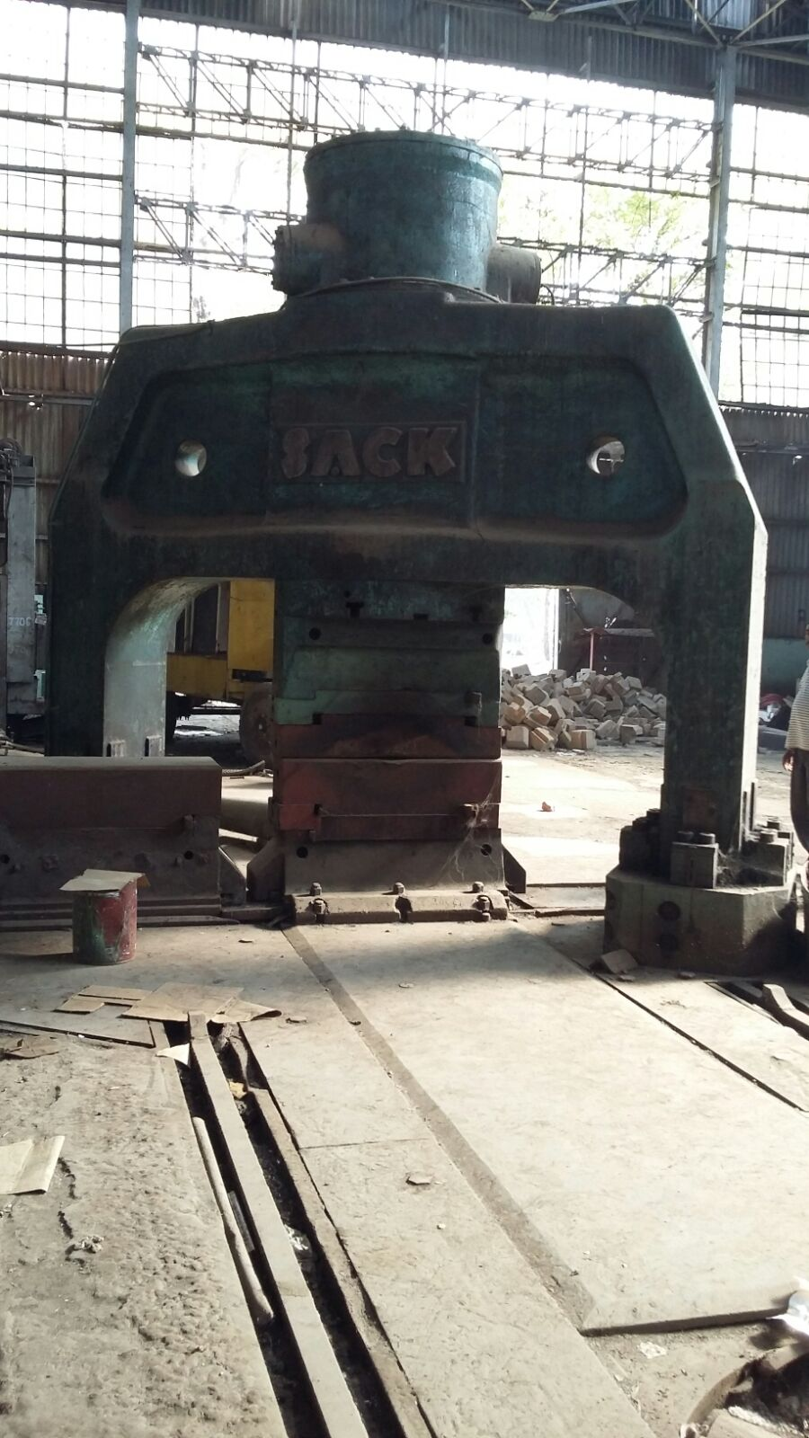 1500 ton Forging Press –  Make : Sack, Germany